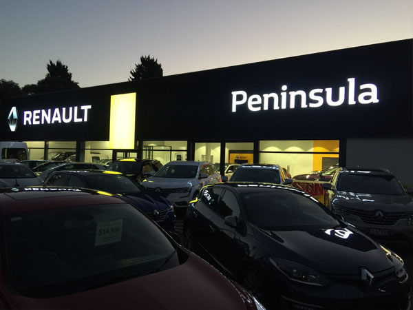 Peninsula Renault