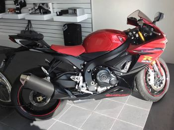 Suzuki Motorcycle - Carlin & Gazzard